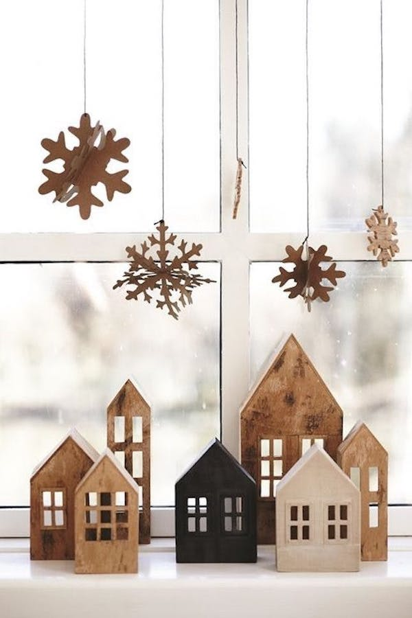 window decoration christmas ideas made of wood
