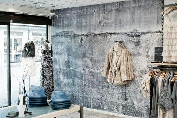 Wall color ladies style Concrete look dressing room