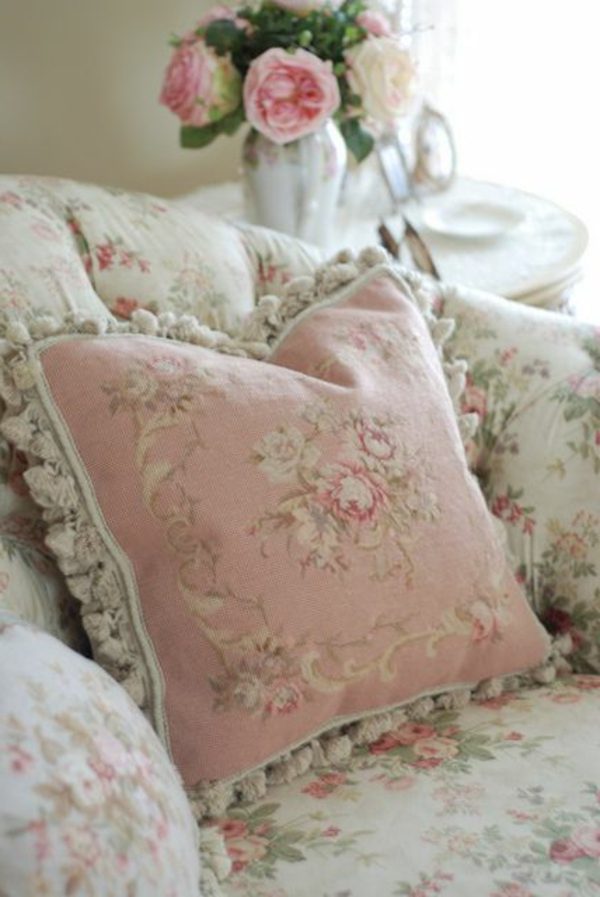pillow country style pink white floral motifs romantic