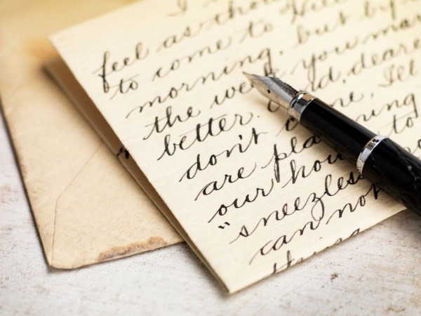 Write a long letter to love Express feelings