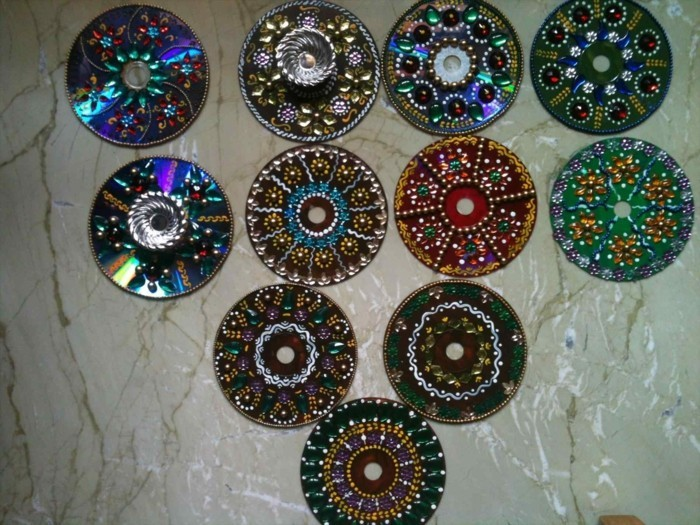 recycling craft with cds upcycling ideas wall decor ideas color design