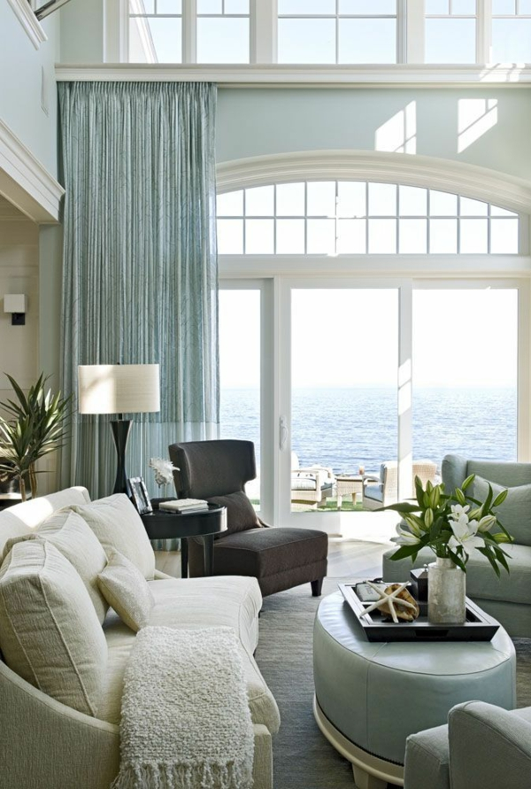 choose curtains suitable for the furniture