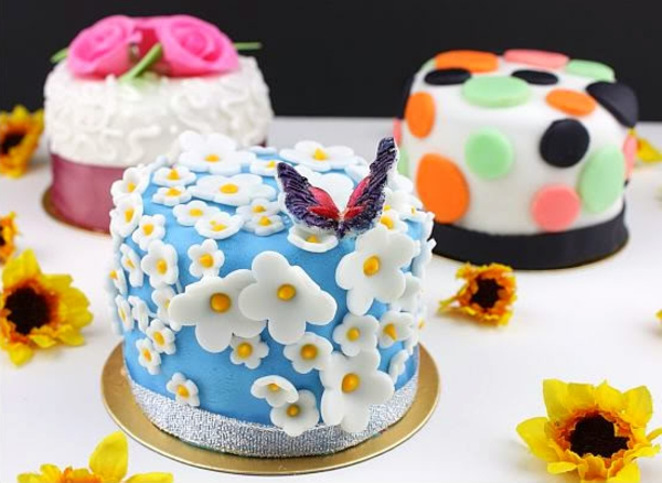 fancy cake decorate flowers recipes