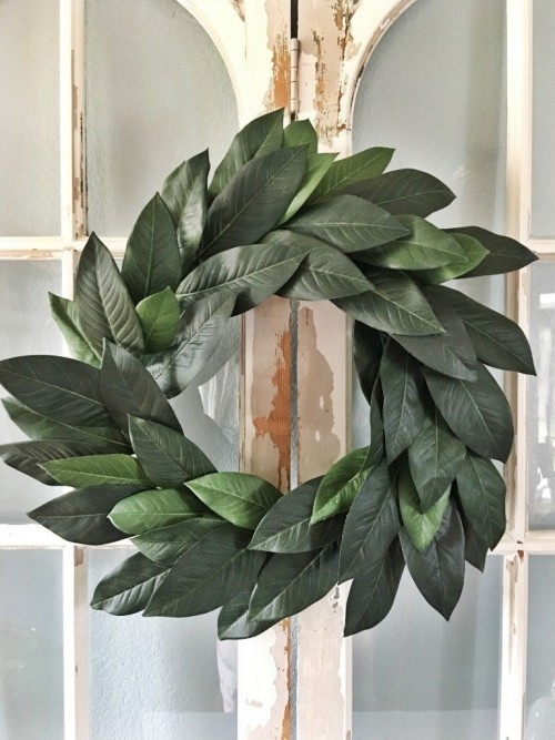 Wreath of green leaves make your own attractive look