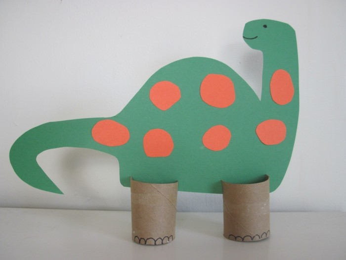 making autumn with children make autumn decoration yourself with dutch paper rolls