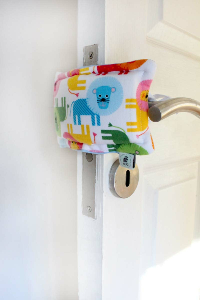 door stopper fabric colorful lion manitodegato.cl