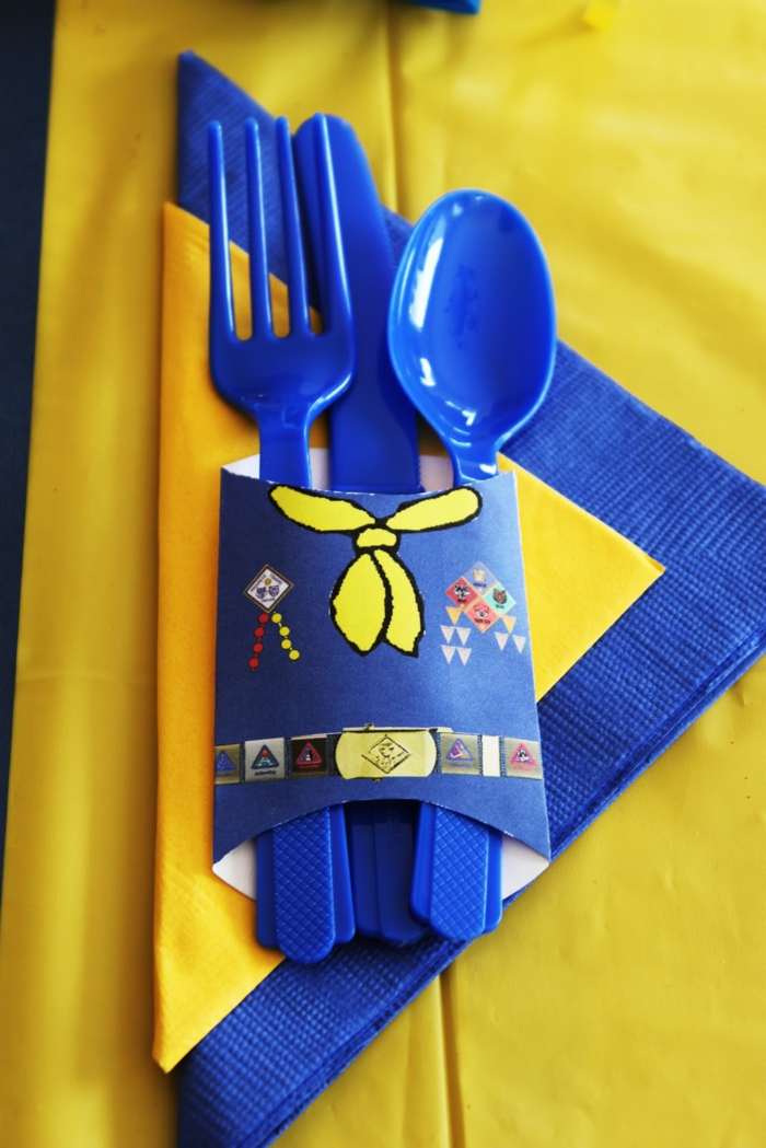 table decoration blue sky blue blue and yellow