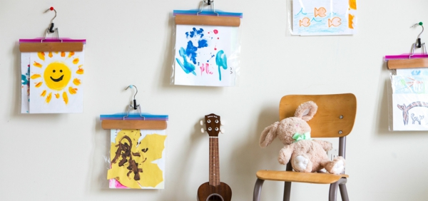 DIY decoration with children's drawings to paint your own kindergarten