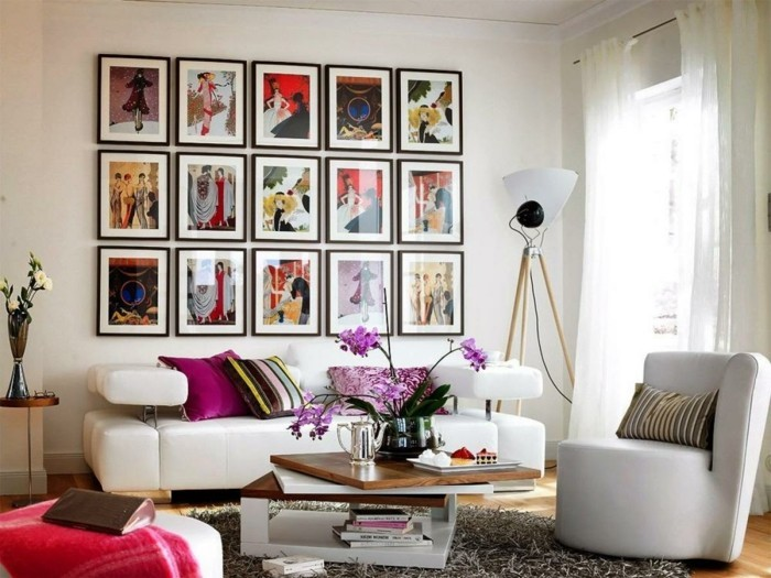 Thematic wall design with pictures in the frame