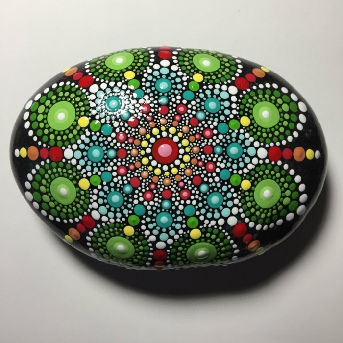 Manala pattern stones painted driving pattern