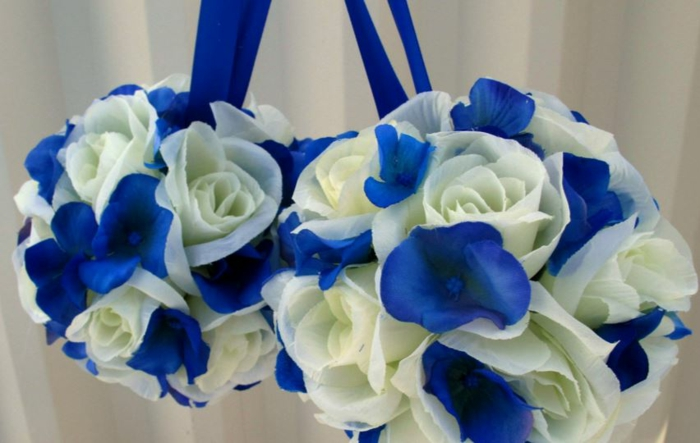 table decorations blue flowers
