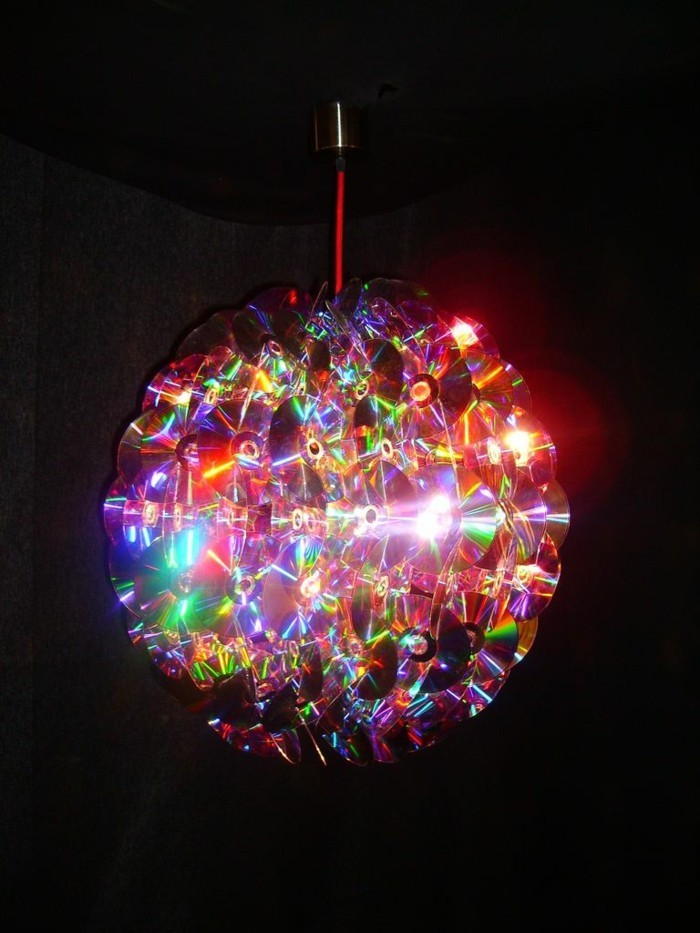 recycling bastelin with cds upcycling ideas wall decoration ideas candlesticks light reflector