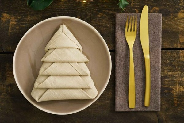 napkins folding technique fir-tree idea