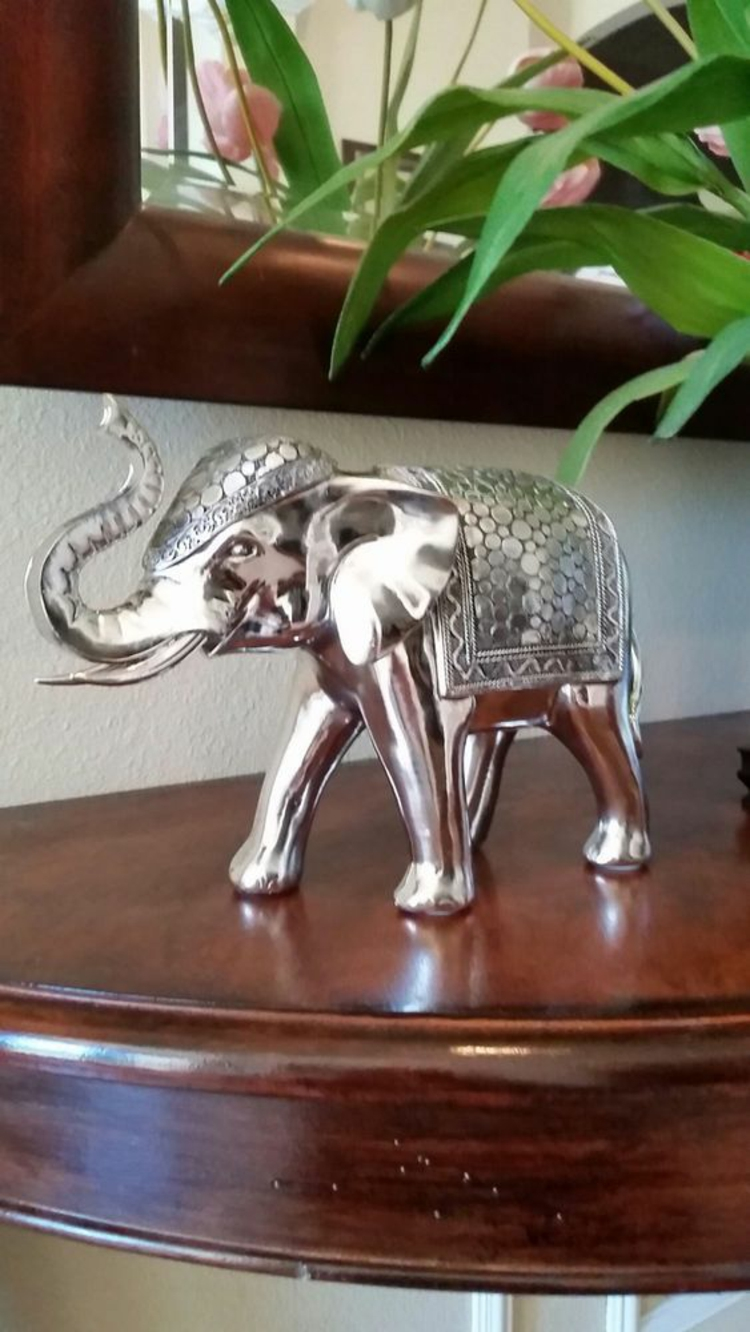 Feng Shui pictures elephant statue lucky charm positive energy