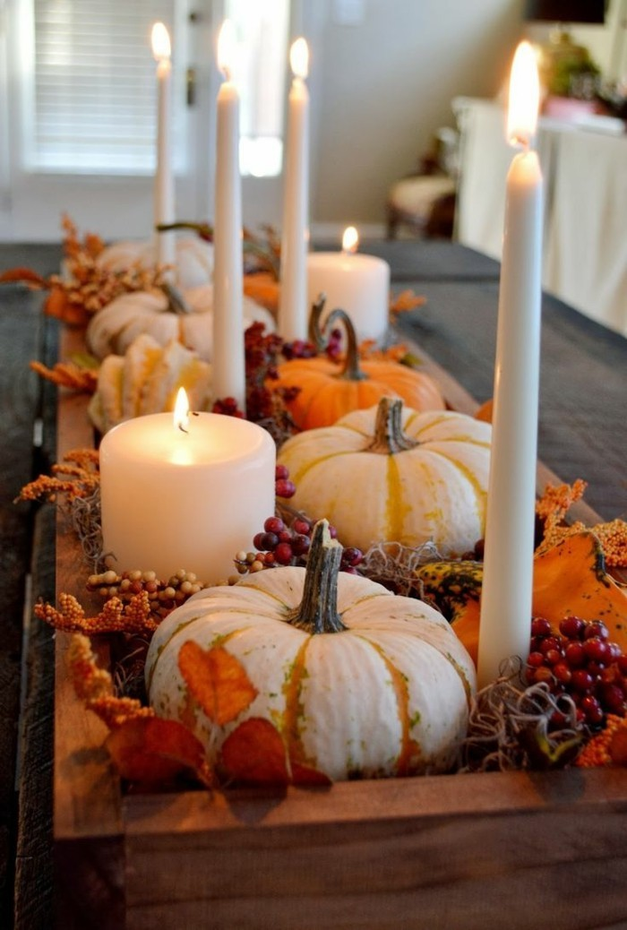table decoration for autumn with pumpkins