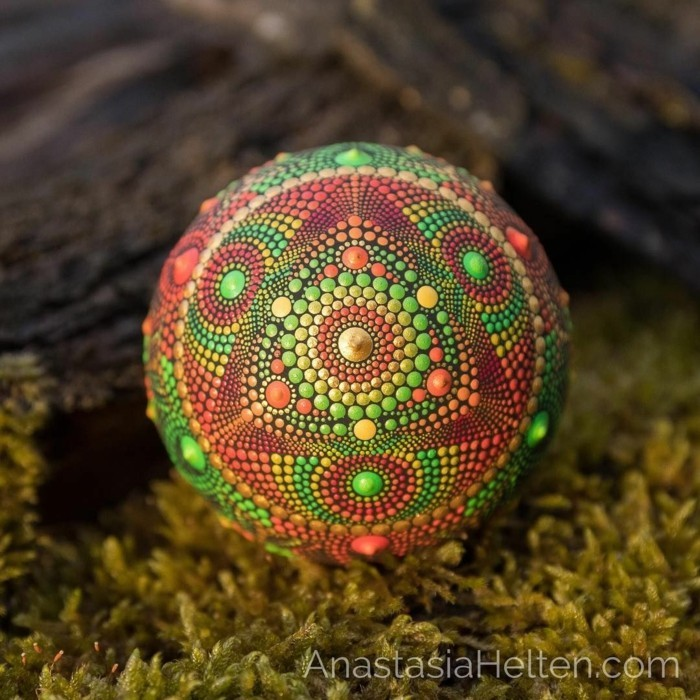manala pattern stones painted tree of life green