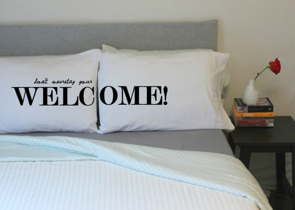 Creative-Pillow-and-pillow welcome