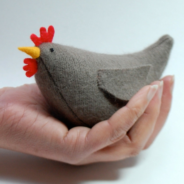 decorating easter beautiful hen sewing