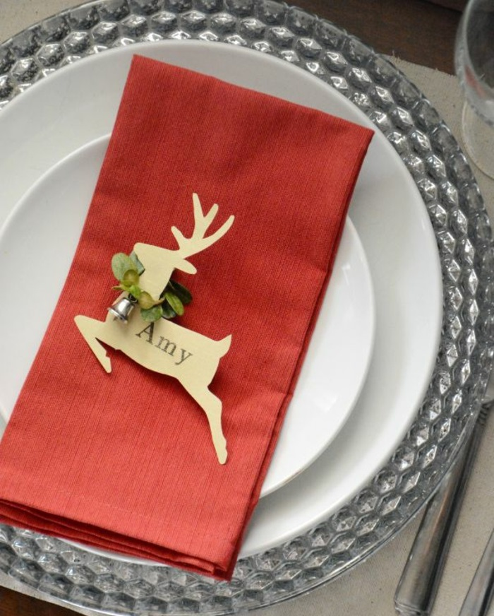 crafting table cards Christmas table decoration deer table mats