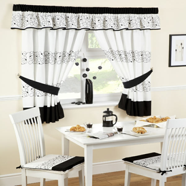 Kitchen curtains modern in country style