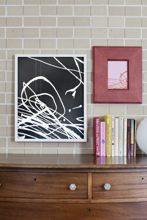 DIY decoration with children's drawings murals in the living room
