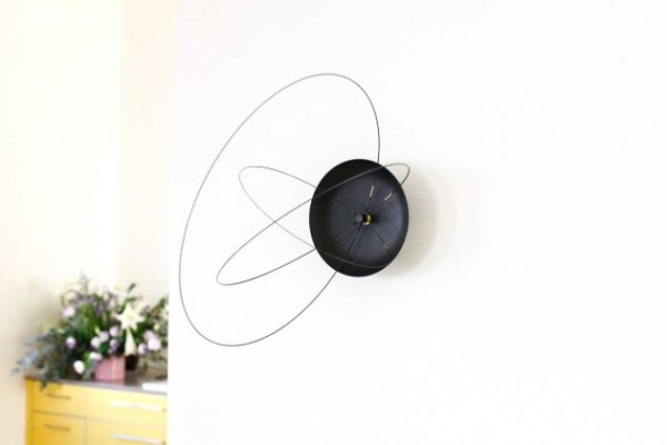 modern and attractive wall clocks