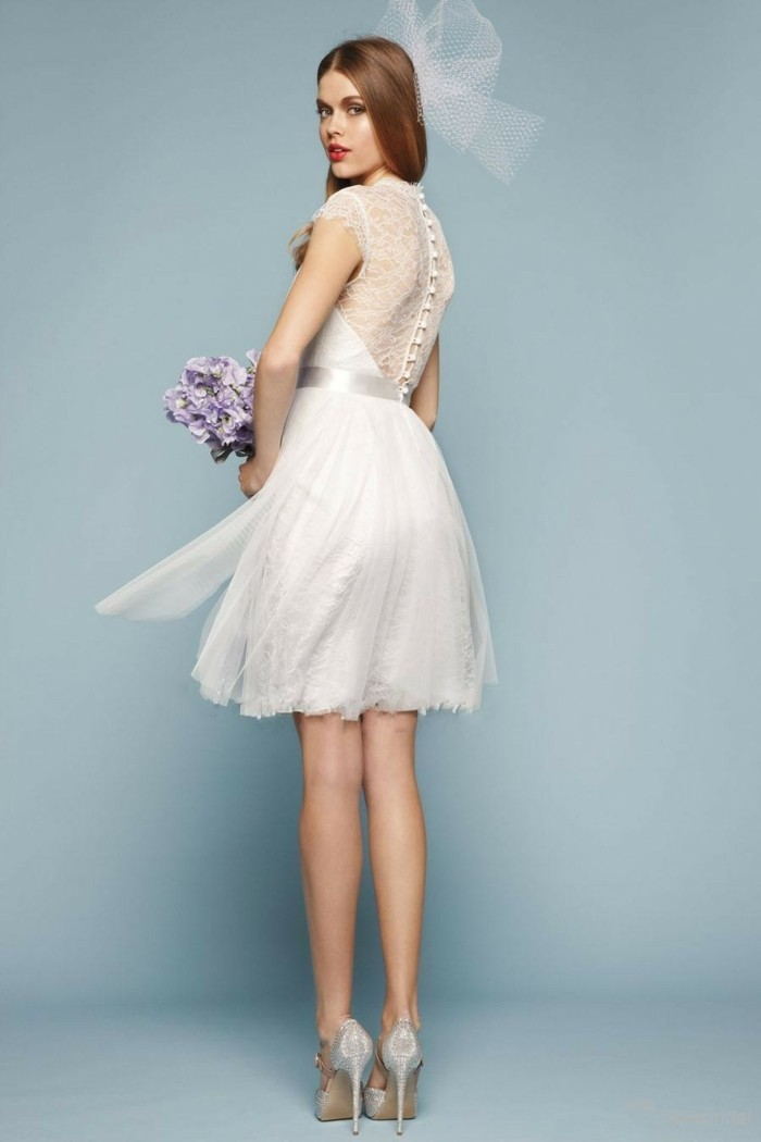 gorgeous and trendy short wedding dress