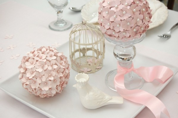 wedding table pink flowers make shabby chic decoration yourself