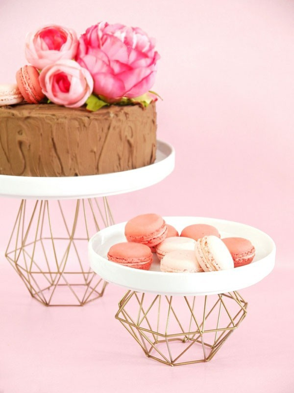 Simple cake stands themselves build inspiration