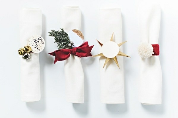 napkin folding technique different ribbons