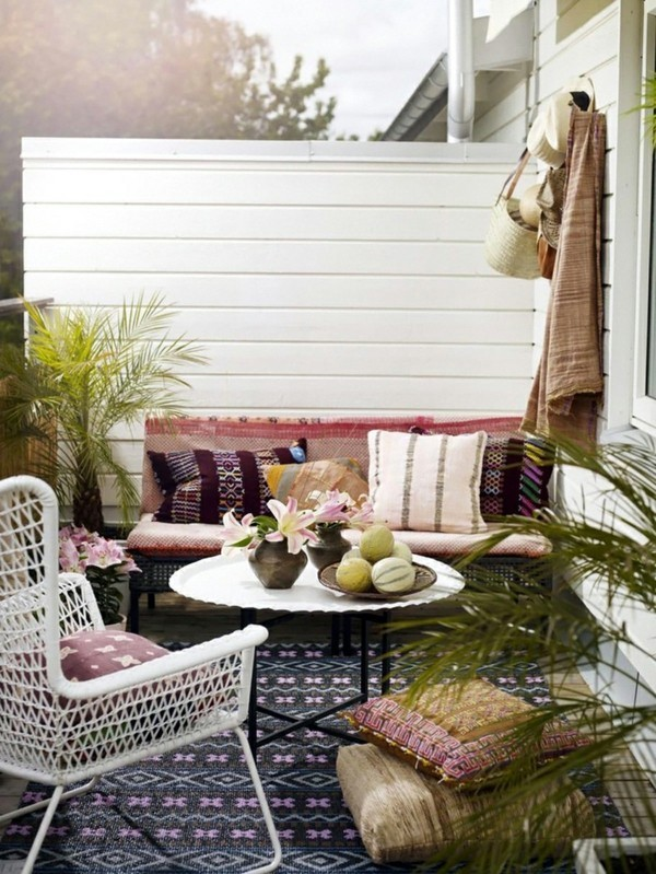 Small terrace shape terrace decorate