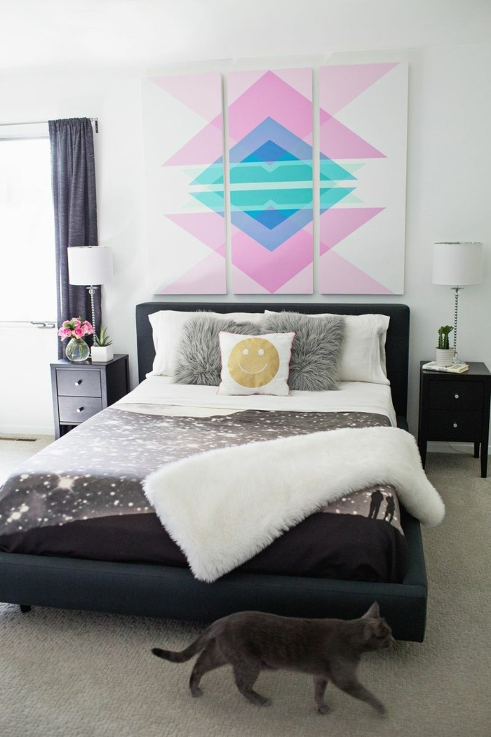 Design bedroom wall with pictures