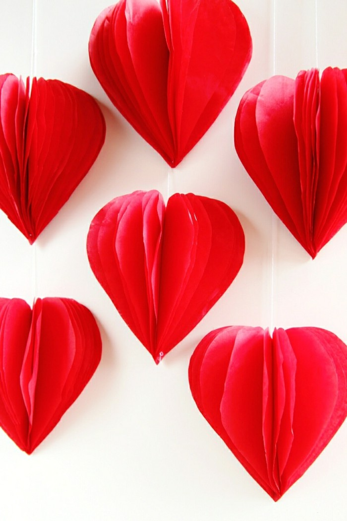 valentines day ideas deco garlands napkin hearts