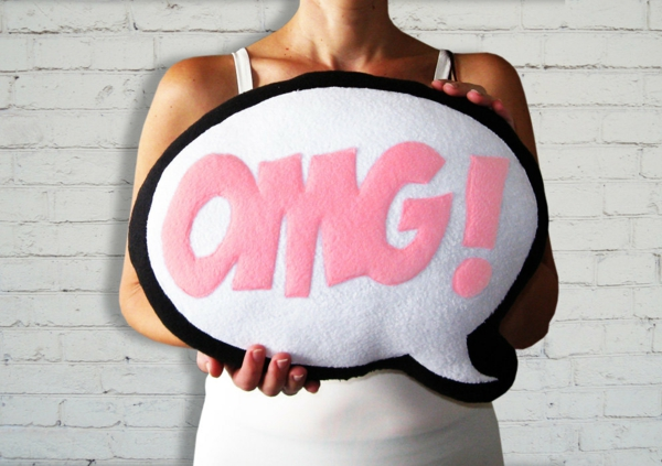 Creative-Pillow-and-pillow-omg