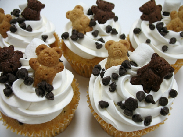 mini cake teddies chocolate decorate
