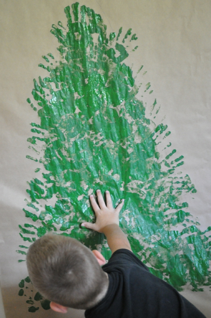 Christmas tree artificially artificial Christmas tree test by wall wall stickers drawing handprint