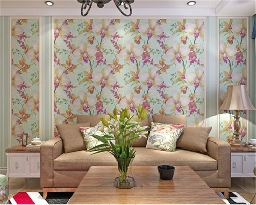 patterned wallpaper classic design