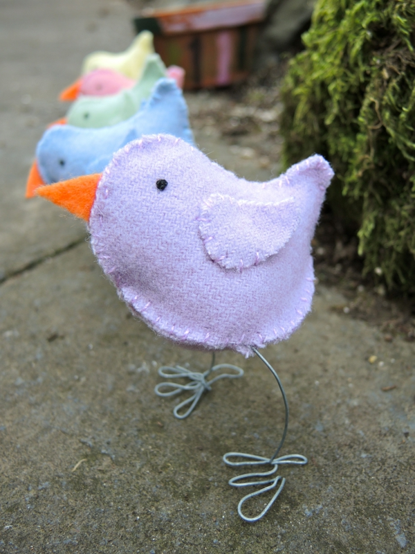 deco ideas easter easter cocks sew different colors