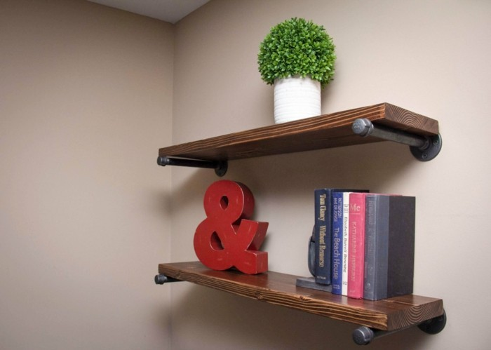 Flat decorating decoration with books and other deco items