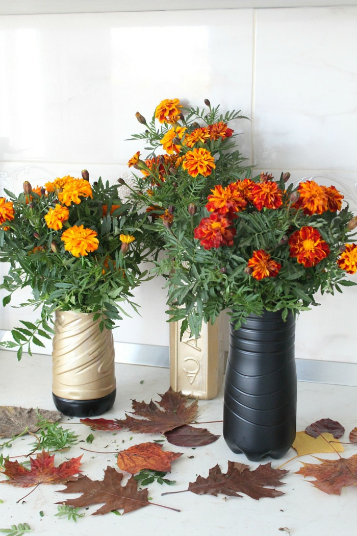 diy ideas plastic bottles vases flower deco autumn leaves