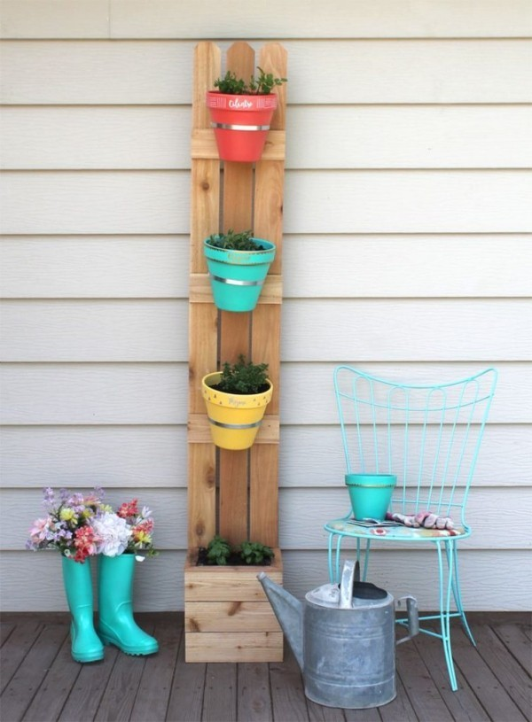 DIY decoration wall design with planters