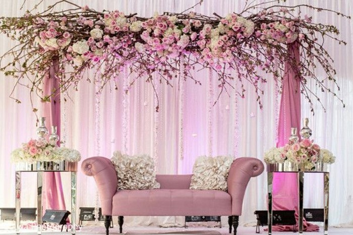 Wedding decoration in pink