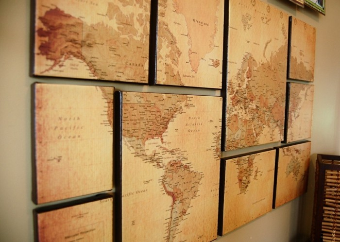 the world map as a wall decoration idea