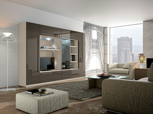 modern residential walls with mirror surface