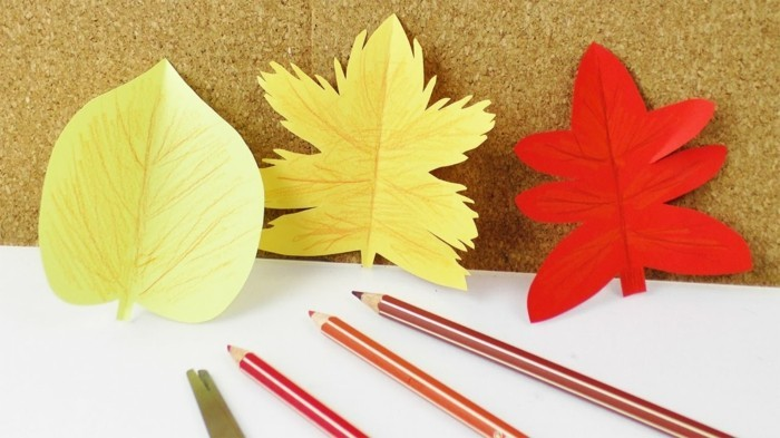 Make window pictures with children autumn colors