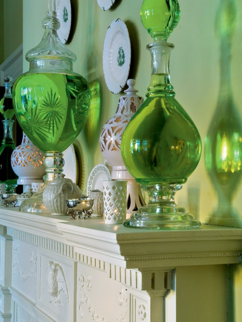 Furnishing ideas Living room Wall paint Green Fireplace deco