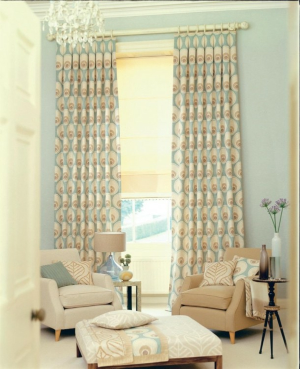 Living room with pattern curtains