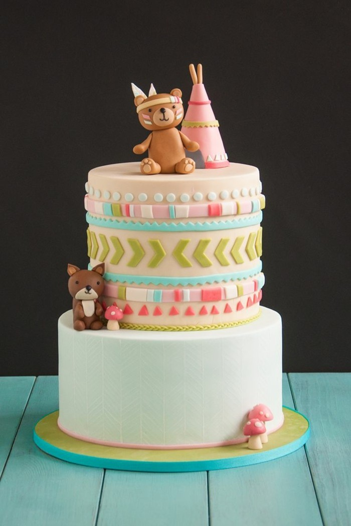 Decorate pies with fondant fancy children's gate