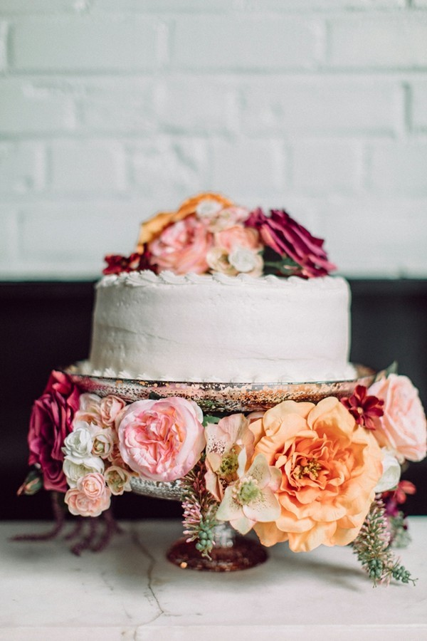 Simple homemade cake stand for weddings