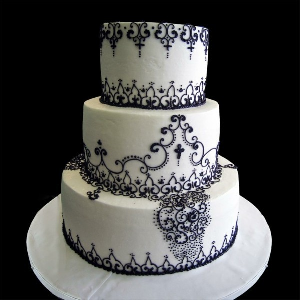 Wedding cakes black lace